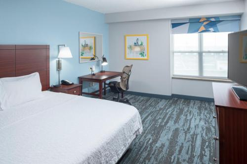 Hampton Inn & Suites Oklahoma City-Bricktown - Oklahoma City, OK 73104