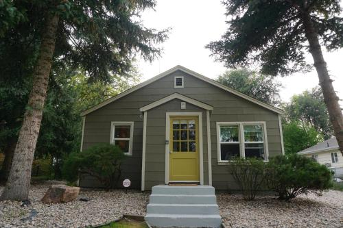 Old Town Bungalow On Park - Fort Collins, CO 80521