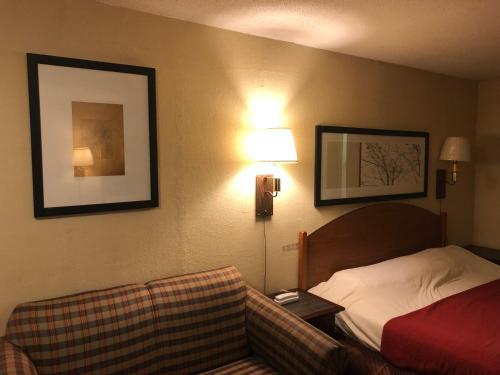 Virginian Motel, Patrick