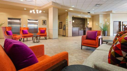 Best Western Plus Campus Inn - River Falls - Hotel