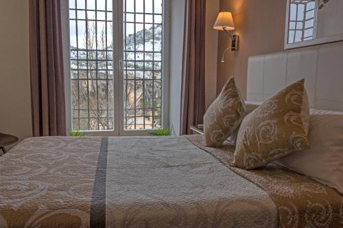 Habitación Doble Superior con vistas a las montañas Hotel Leonor de Aquitania 29