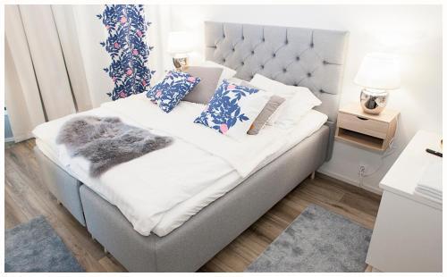 . Crystal Arctic Suites