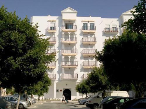 . Apartamentos Miguel Angel