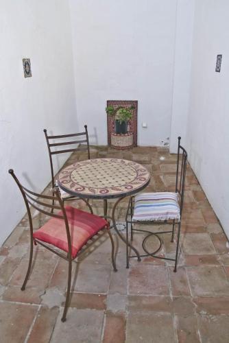 Suite con bañera de hidromasaje y cama grande Alcoba del Rey de Sevilla 6