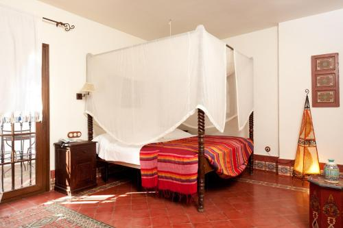 Queen Suite with Spa Bath Alcoba del Rey de Sevilla 5