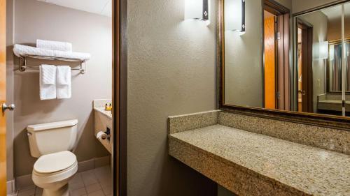 Best Western Plus Kelly Inn - Saint Cloud, MN 56301