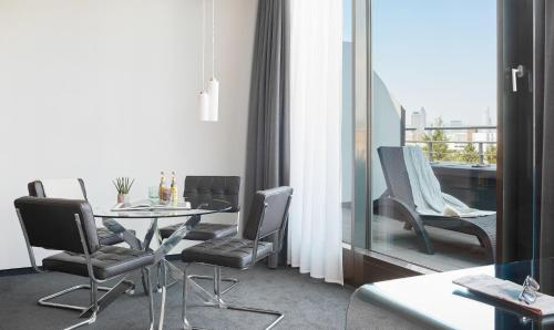 Living Hotel Frankfurt by Derag photo 9