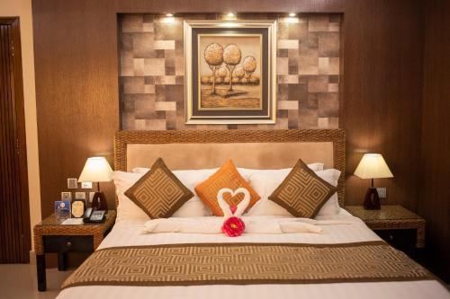 . Hotel KRC Palace