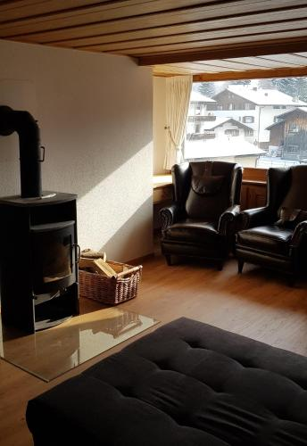 Schoggimeierhaus, 195 Landstrasse - Apartment - Klosters Serneus