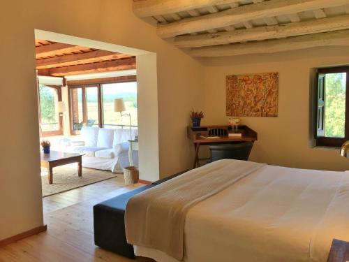 Junior Suite mit Gartenblick Hotel Masia La Palma 10
