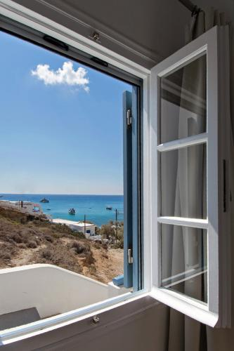 Perigiali Rooms & Apartments Folegandros