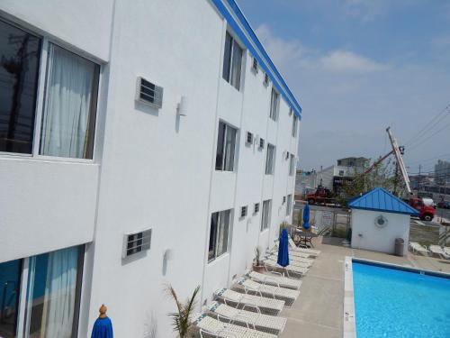 Coastal Inn - Ocean City - Ocean City, MD 21842