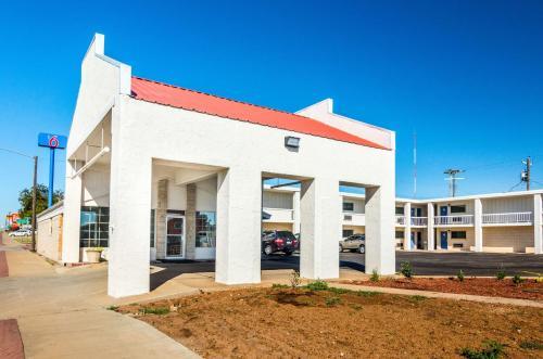 . Motel 6-Childress, TX