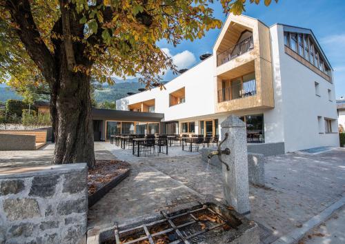 Alpenrose Brixen