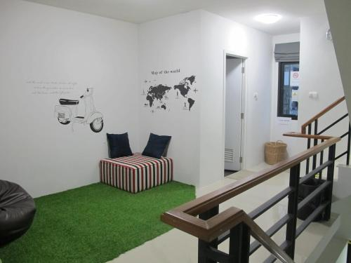 HOMEY-Donmueang Hostel photo 82