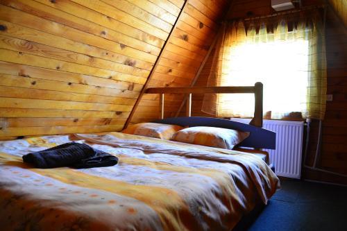 Borovets Gondola Apartment & Ski by Winter Bros Borovets