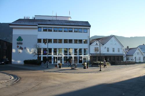 Kløver Hotel - Photo 3 of 73
