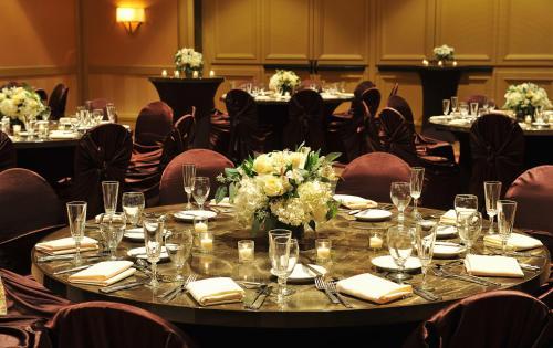 Embassy Suites Hotel Pleasant Hill-Walnut Creek