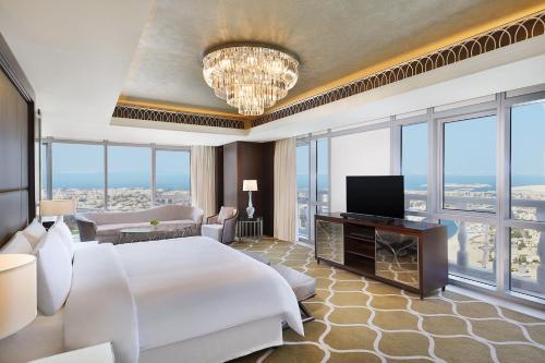 Hilton Dubai Al Habtoor City photo 43