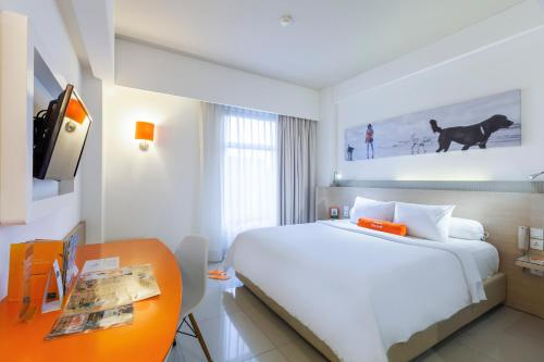 Special Offer - Lebaran Package at Harris Double or Twin Room