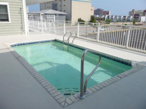 Mahalo 101 Condo - Ocean City, MD 21842