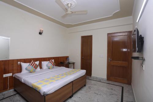 . Premium 1BR Stay on Rajpur Road, Dehradun