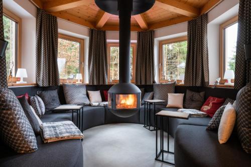 Designferienhaus Luxus Bergchalet XXL - Accommodation - Wagrain