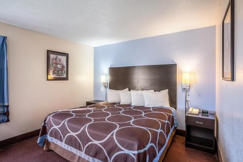 Americas Best Value Inn Galesburg - Galesburg, IL 61401