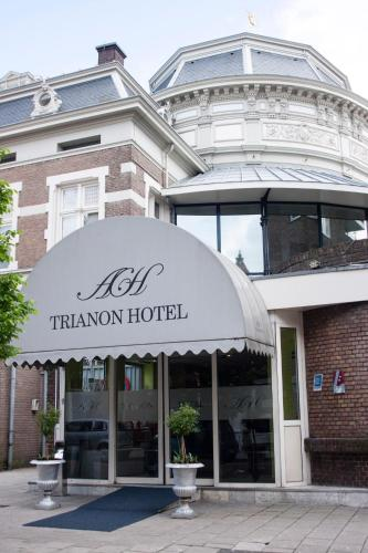 Budget Trianon Hotel photo 1