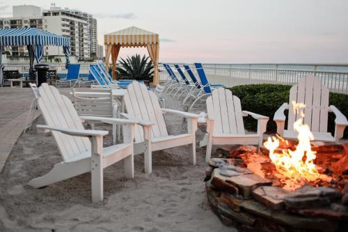2637 S Atlantic Ave, Daytona Beach Shores, Florida 32118, United States.