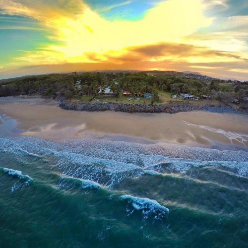 . ABSOLUTE BEACH FRONT MACKAY - Comfort Resort Blue Pacific