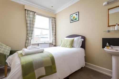Crossways Guest House - Photo 7 of 30