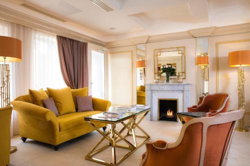 Hotel De Suede Saint Germain - Hôtel - Paris
