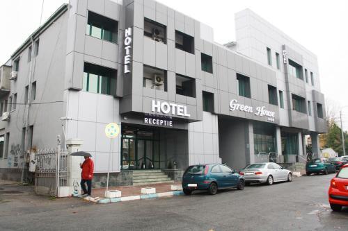 . Hotel Green House