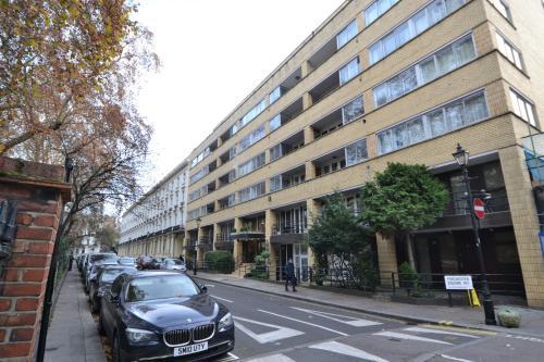 The Colonnades Apartment