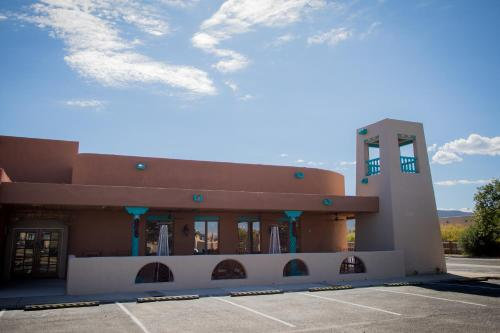 Hotel Don Fernando De Taos Tapestry Collection By Hilton
