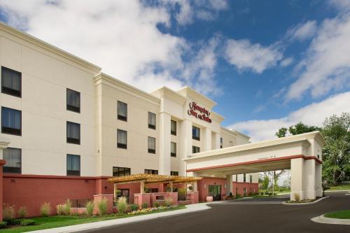 Hampton Inn & Suites Schererville - Schererville, IN 46375