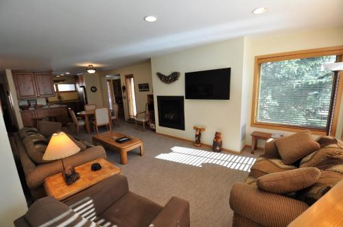 Sandstone Residences By Gore Creek Properties - Vail, CO 81657