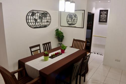 Stylish Cozy Apartment in Kuching