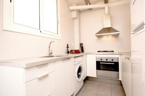 Apartments Gaudi Barcelona photo 5