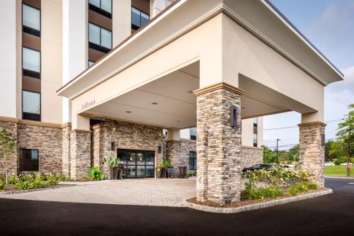 Hampton Inn Paramus - Paramus, NJ 07652