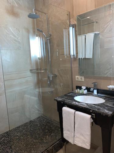 M.Y. Apart-Hotel Sochi Двухместный номер Делюкс с 1 кроватью и видом на море