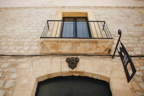 Carrer Major, 8. 07800, Ibiza, Islas Baleares, Spain.