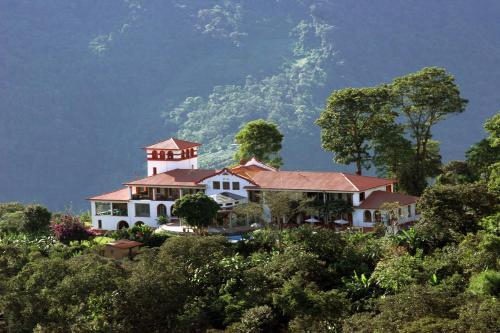 . Hotel Gloria Coroico