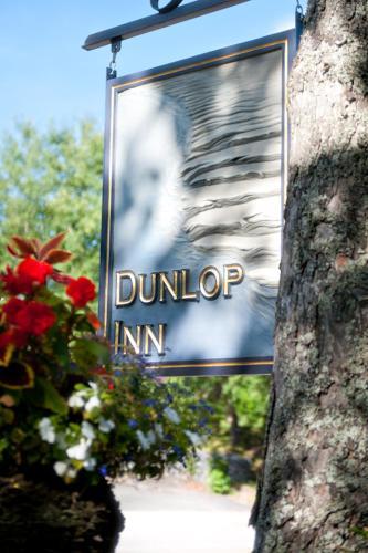 Dunlop Inn - Baddeck, NS B0E 1E0
