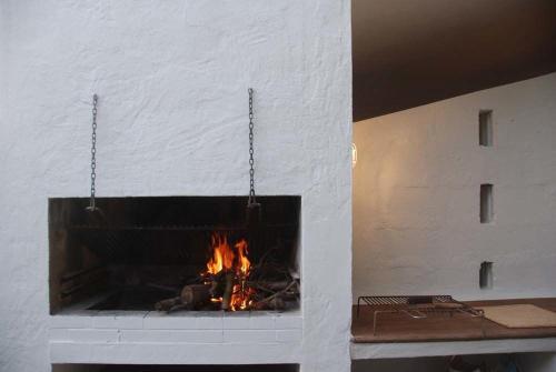 Porto Pino Villa Sleeps 10 WiFi img4