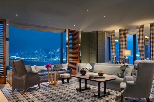 Victoria Dockside, 18 Salisbury Road, Tsim Sha Tsui, Kowloon, Hong Kong.
