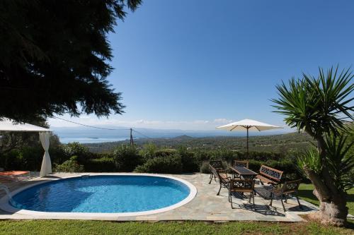 Villa Heaven's Knights 2 with private pool. фотографии номера
