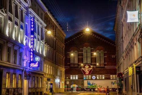 City  Nebo, Pension in Kopenhagen