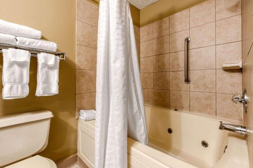 Quality Inn New Castle - New Castle, PA 16101